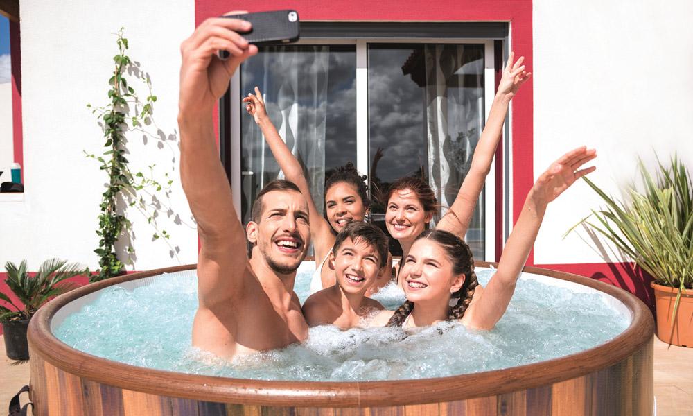 Come scegliere la vasca idromassaggio da esterno perfetta per te
